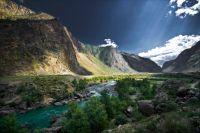 Долина реки Чулышман (875.34 Kb)
