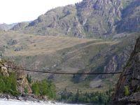 Горный Алтай: Река Катунь пешеходный мост в раоне реки Урсул (103.71 Kb)